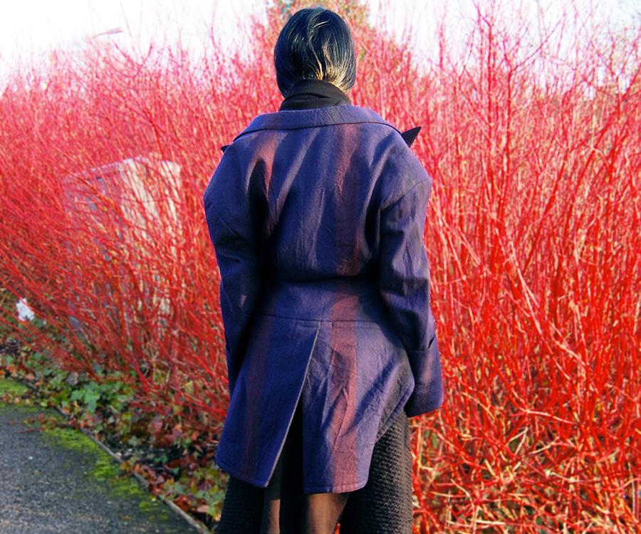 Yohji-yamamoto-fall-2004-4