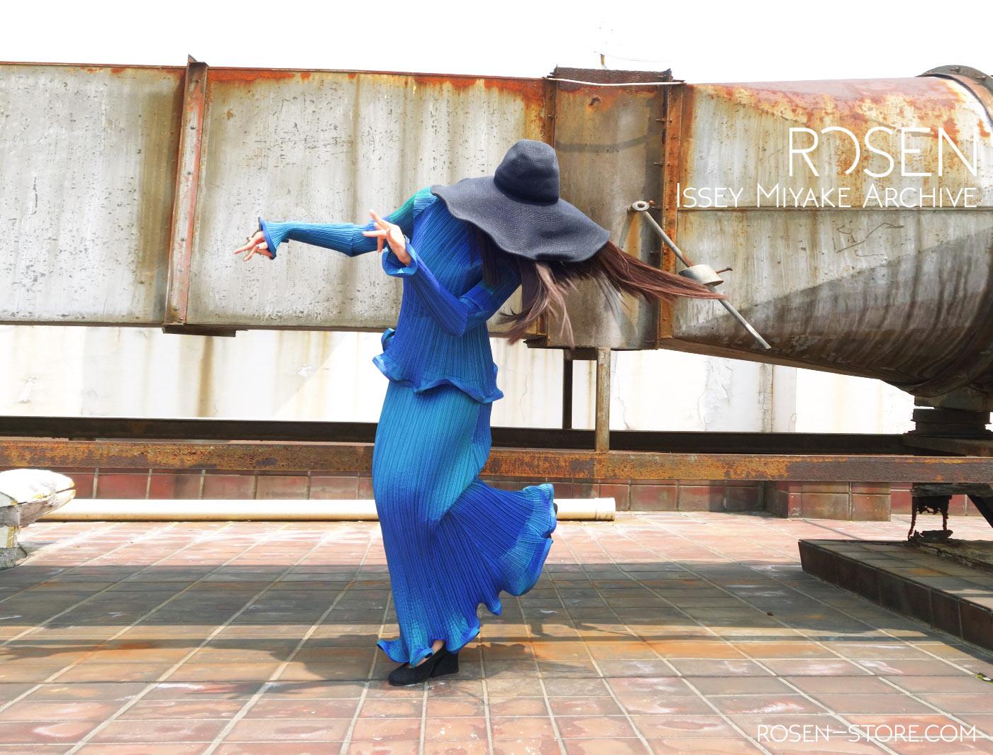 Issey Miyake on ROSEN