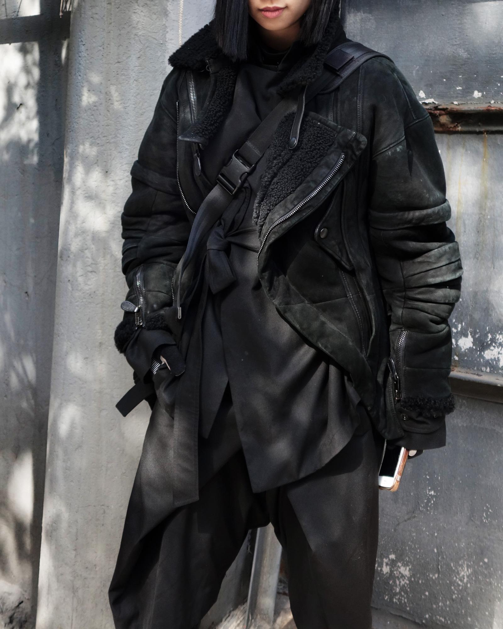 All--Black-ROSEN-3