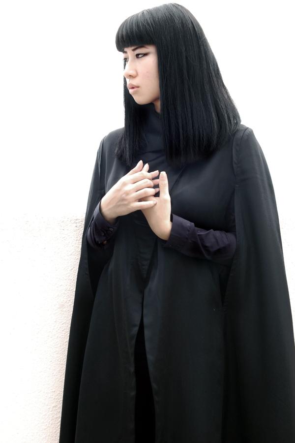 ann-demeulemeester-cape-3